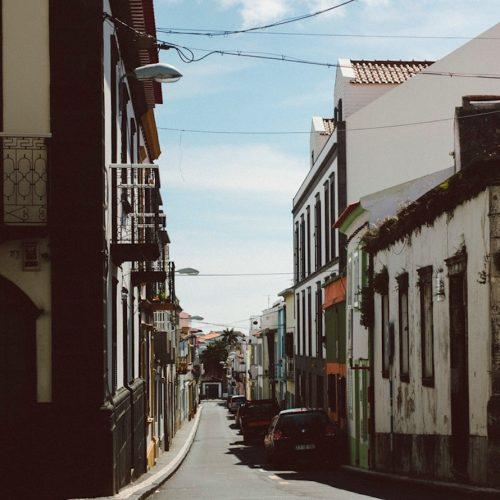 tremor-azores-streets
